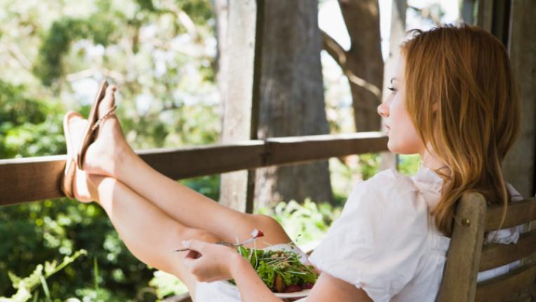 жена почивка салата