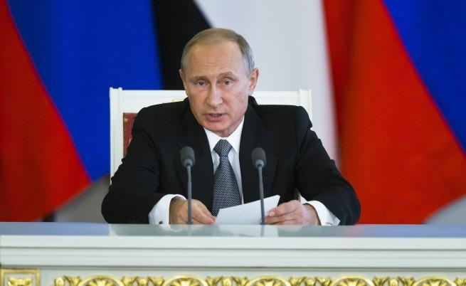 Путин: Помагаме на легитимната армия на президента Башар Асад