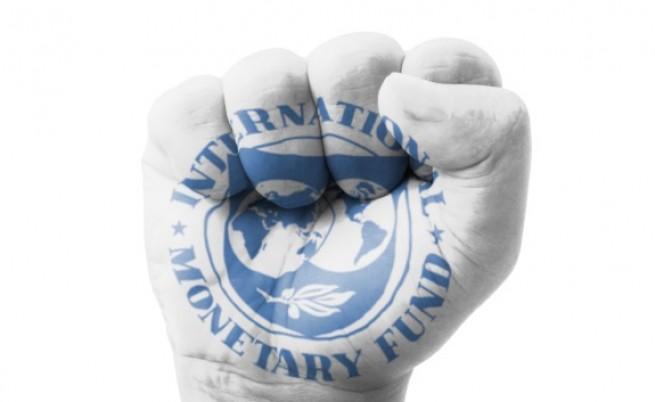 Вълна от фалити и паника на развиващите се пазари, ако Фед вдигне лихвите