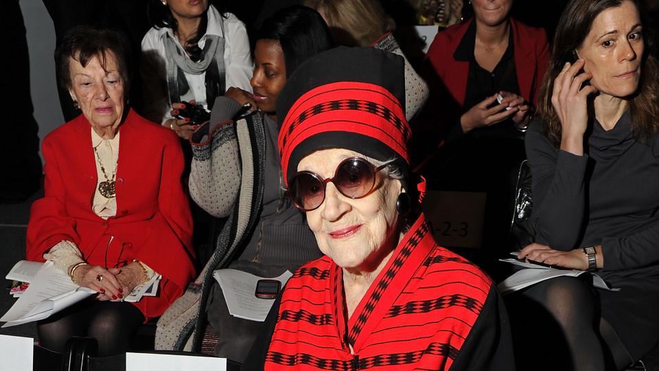 Зелда Каплан на първия ред на ревюто на любимата си дизайнерка Джоана Мастрояни, буквално минути преди да издъхне