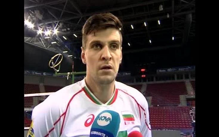 Олимпиакос и Тодор Алексиев с категорична победа над Ники Енина