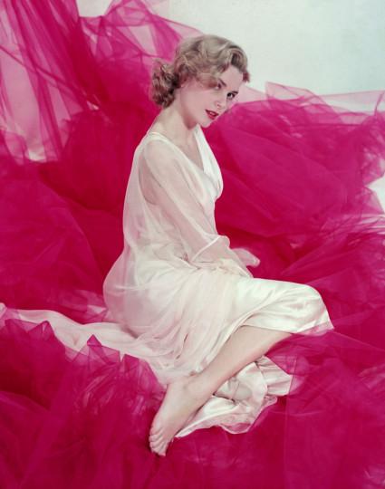 Грейс Кели - холивудска актриса, която стана принцеса на Монако, е  една от най-женствените и стилни жени, живели някога