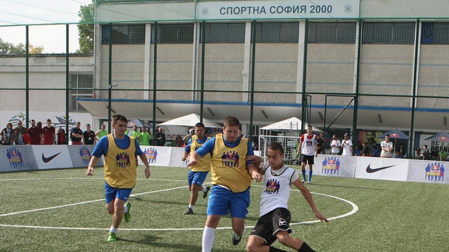 Футболният турнир на Red Bull се проведе в 5 града
