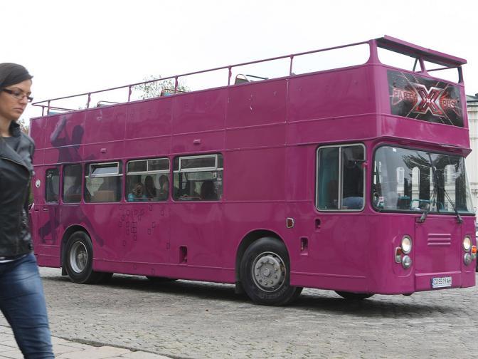 хикс фактор автобус