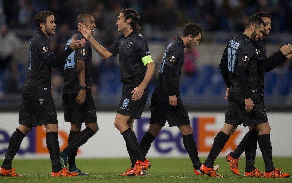 Лацио мина през Розенборг, Сент Етиен с първа победа