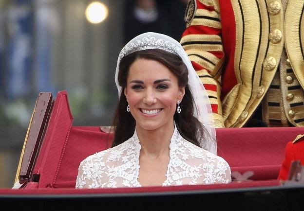 """Гримът в големия ден<br /> Според """"Дейли мейл"""" Кейт решила да се гримира сама в сватбения си ден, вместо да ползва услугите на топ професионалисти."""