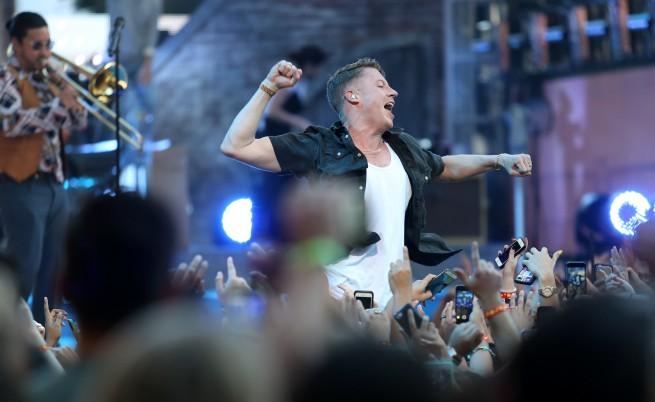"""""""Макълмор"""", Европейските музикални награди (ЕМА) на MTV"""