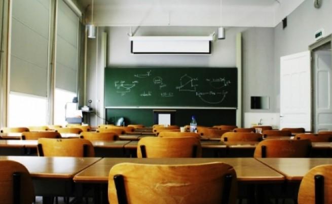 Ще останат ли млади учители в България (видео)