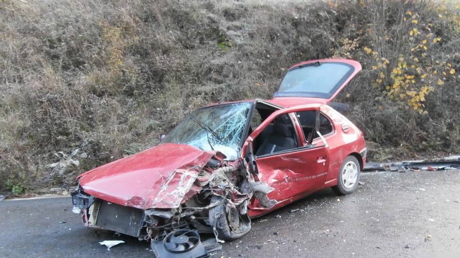 Тежка катастрофа между кола и ТИР край Разлог