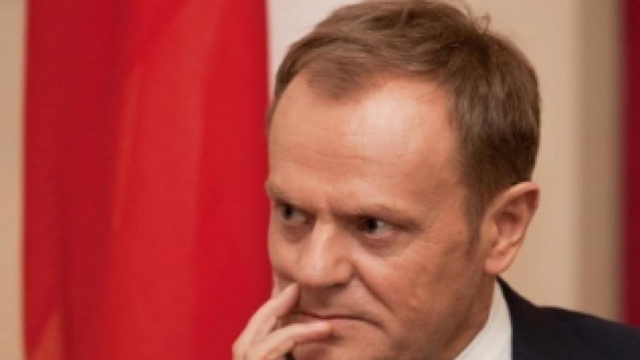 Туск: Прекратете истеричната реторика по въпроса с Полша