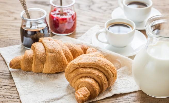 Какво ти липсва най-много сутрин?