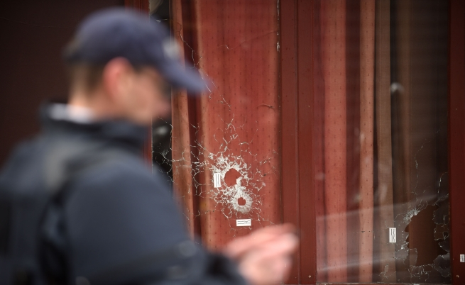 Паспортът, намерен в Париж, бил на убит сирийски войник
