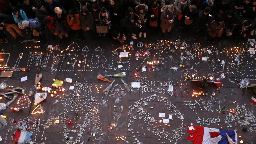 САЩ: В атентатите  в Париж са участвали поне 20 души