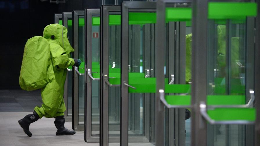 Откраднаха костюми срещу биоатака от болница в Париж
