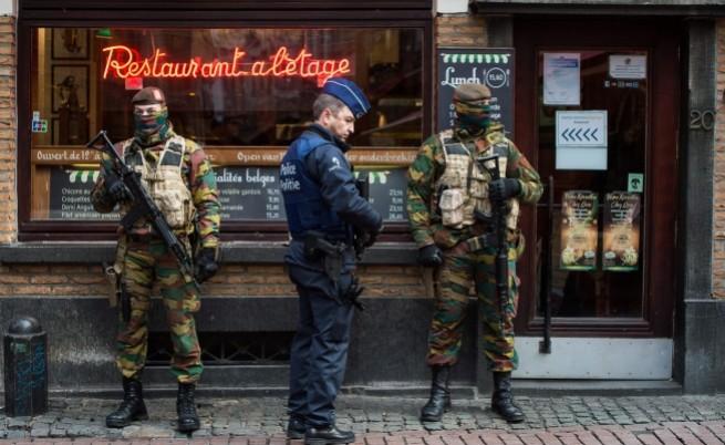 """Полицията в Белгия почерпи котките с храна в """"Туитър"""""""
