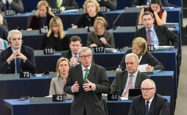 Юнкер: Шенген е в кома, еврото ще пропадне без него