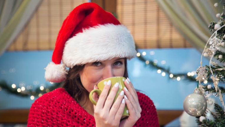 коледа жена чай шаша