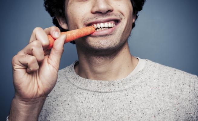 Вегетарианците се приемат за по-малко мъжествени