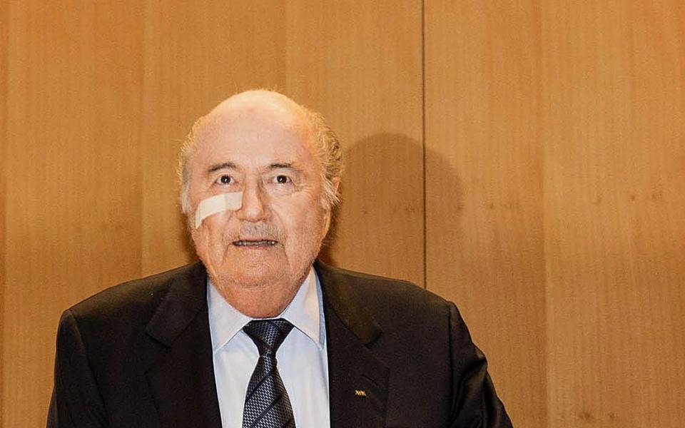 Бившият президент на ФИФА Сеп Блатер обвини неговия наследник Джани