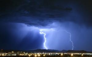 Ще ни застигне ли страшният циклон Евридика?