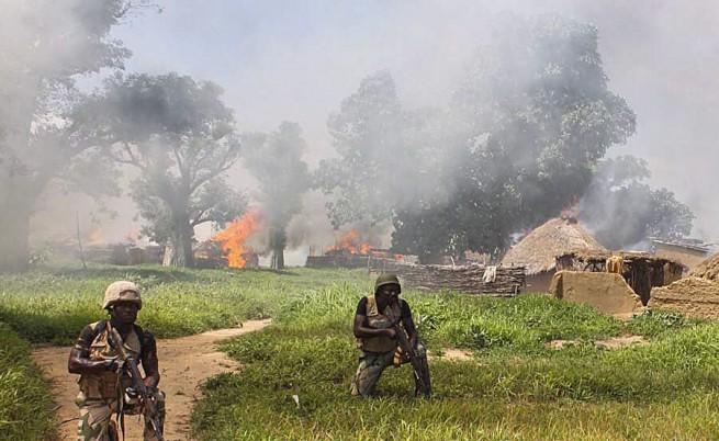Боко Харам изби десетки в Нигерия