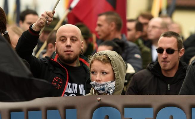 Насилие над бежанци в Кьолн