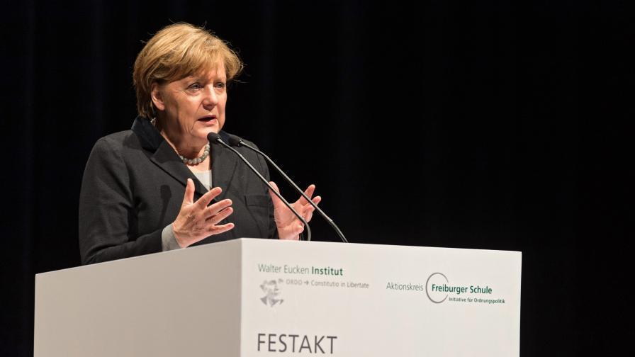 Меркел: Германия не може да приеме всички бежанци
