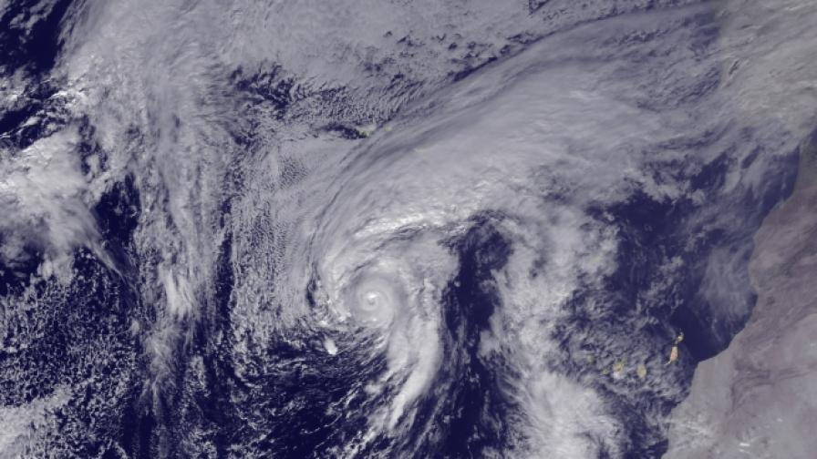 Ураганът Алекс