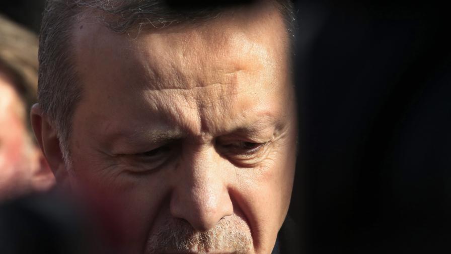 Кметът на Анкара: Посланикът на САЩ да си ходи в къщи