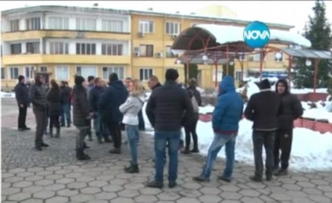 Контрапротест във Враца обвини медиите