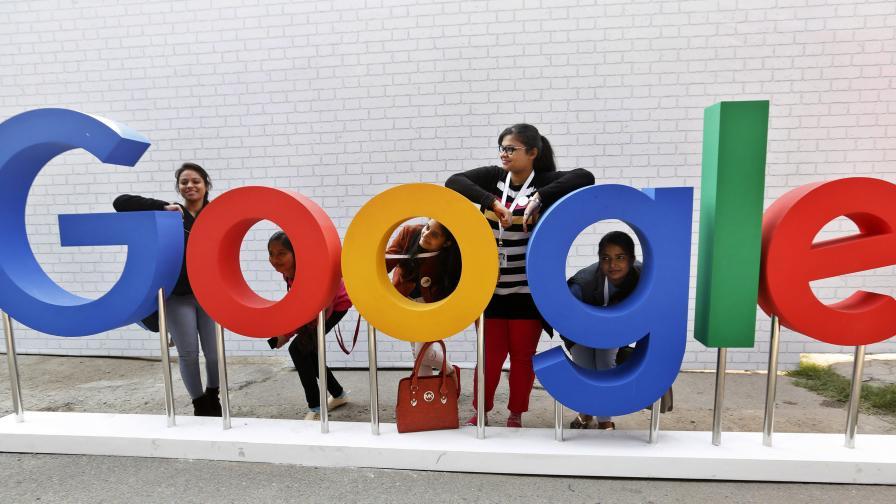 Google е платил 1 млрд. долара на Аpple за търсенето