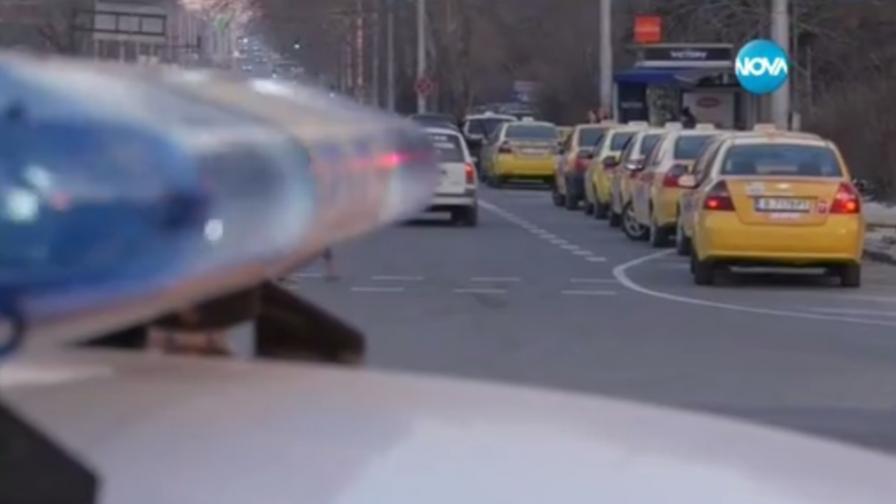 Евтини таксита доведоха до сблъсъци и заплахи във Варна