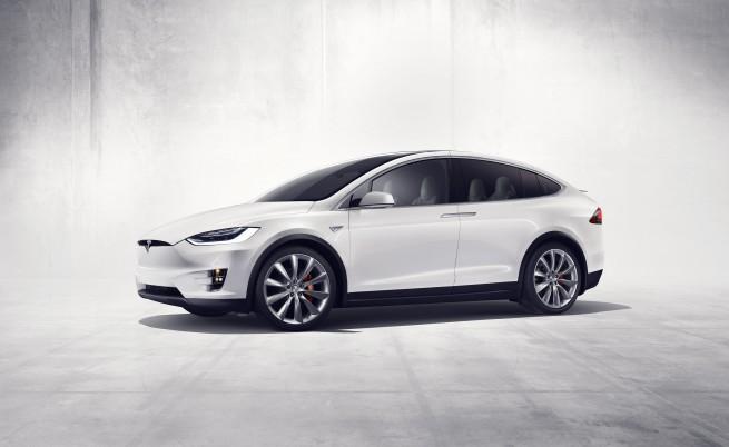 """""""Тесла"""" изглежда готви два бюджетни модела през тази година"""