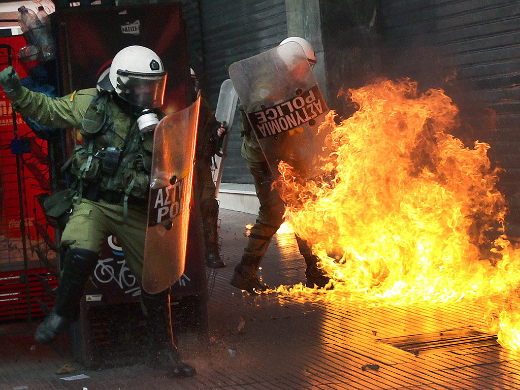 Гърция е парализирана от 24-часова национална стачка