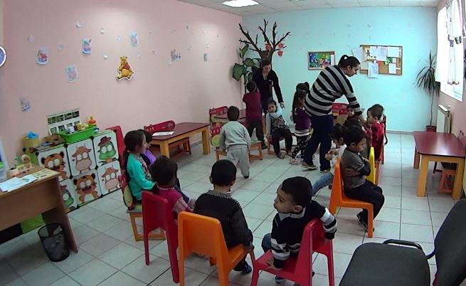 """Експерти работят всеки ден с децата в кв. """"Факултета"""""""
