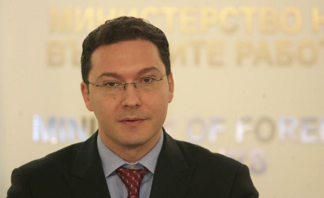 Митов: Ирина Бокова нямаше никакъв шанс