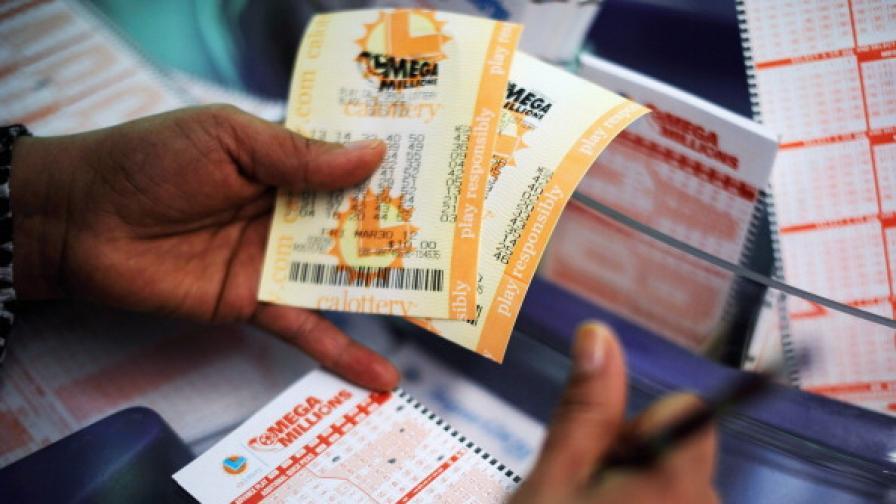 Приятели си поделиха 66 млн евро от лотарията