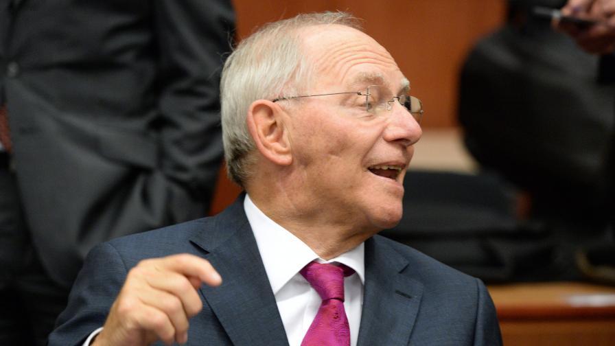 """Опасност от """"гръцки сценарий"""" в Германия, вижда Шойбле"""
