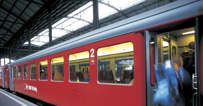 Мъж се е самоубил, скачайки пред международния влак, пътуващ от
