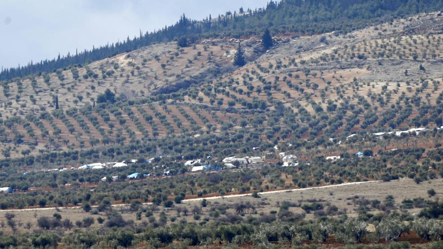 Стотици въоръжени бунтовници влязоха от Турция в Сирия