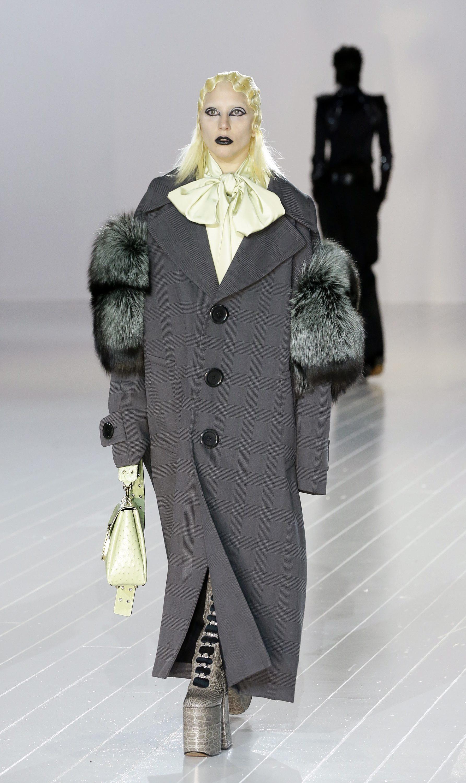 Лейди Гага на модния подиум