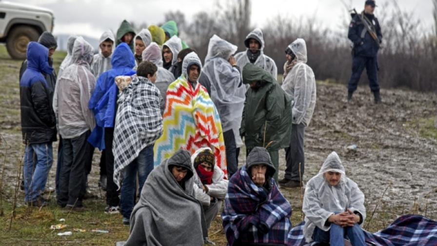 Унгария решава проблема с мигрантите с референдум