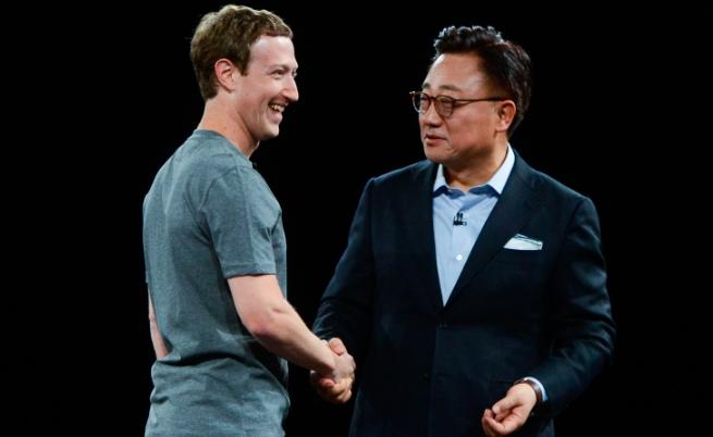 Марк Зукърбърг и присъства на изложението на новите модели телефони на Samsung