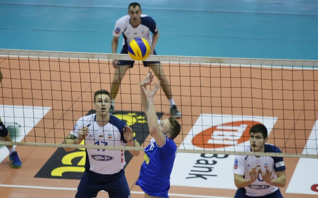 Волейболистите на Левски взеха победата в предпоследния си мач от