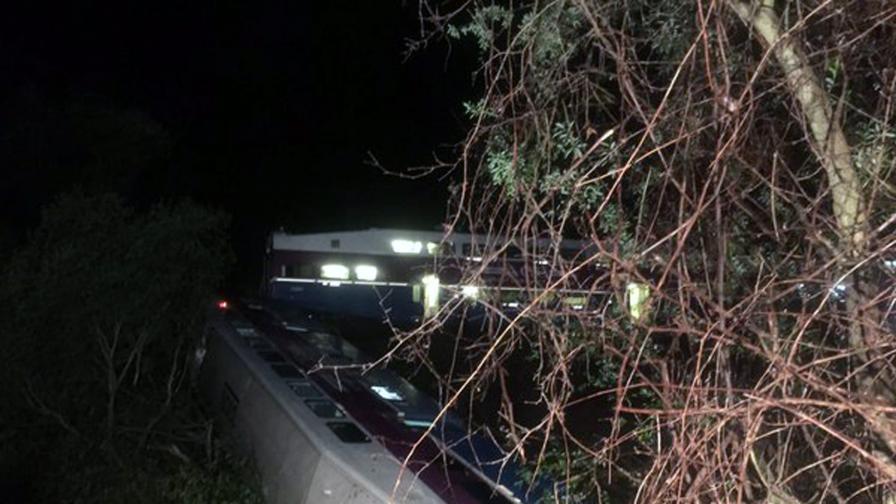 Влакова катастрофа в река в Калифорния