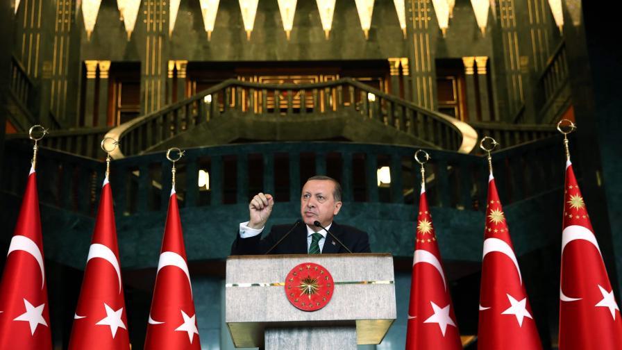 Почна ли сривът на турската икономика