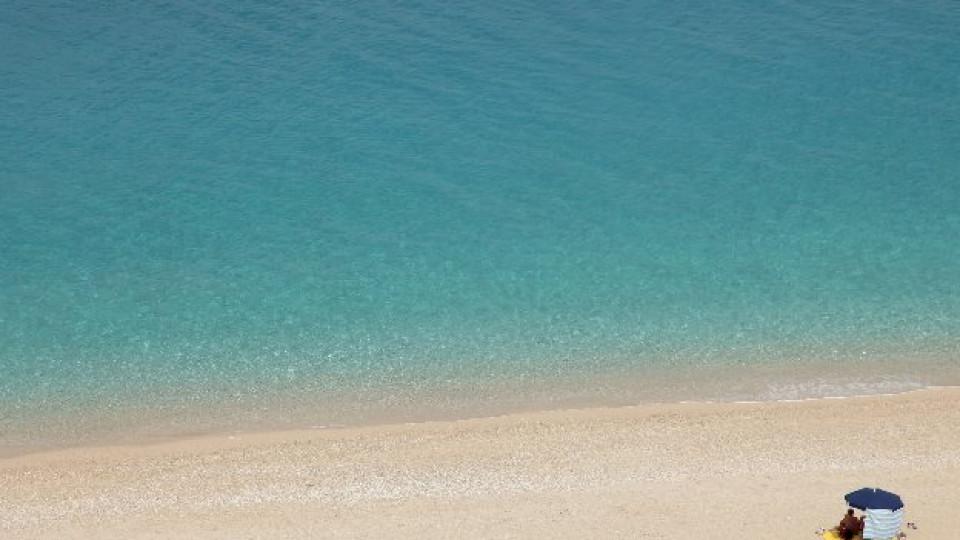Плаж в гръцкия курорт Агиос Никитас