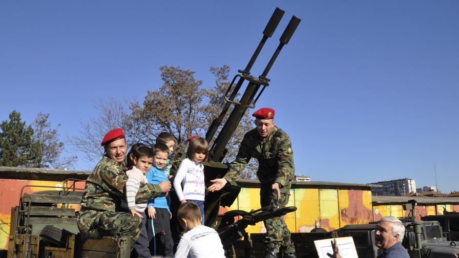 Българите ще ходят на война на доброволен принцип