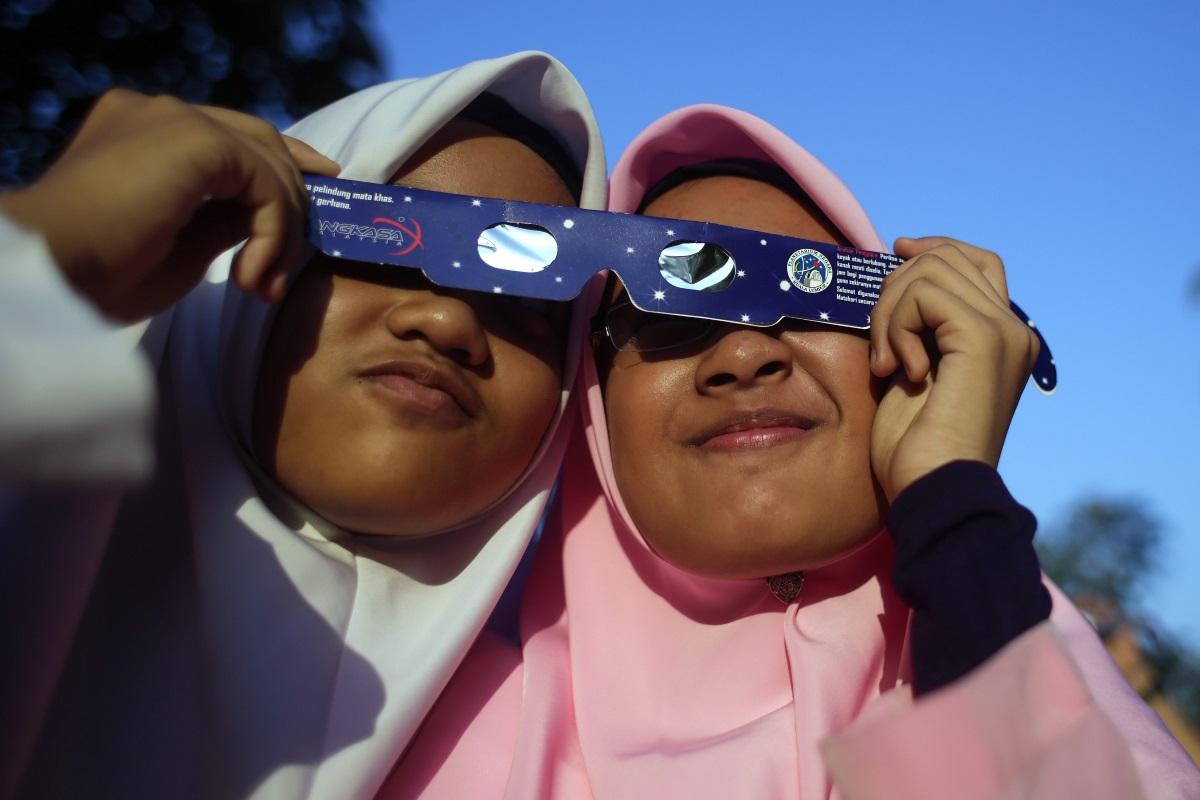 Слънчево затъмнение в Малайзия