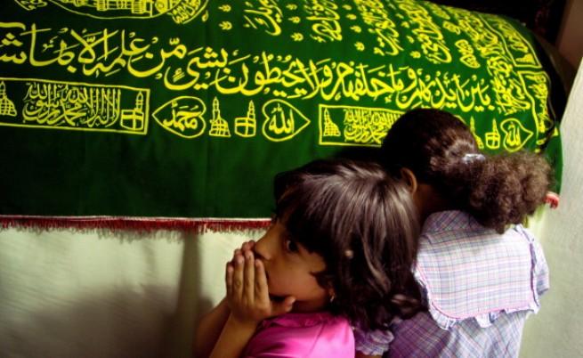 Сменят имената на деца, наречени Джихад